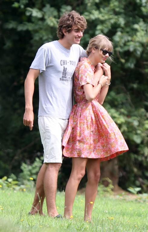 Conor Kennedy - bạn trai Taylor Swift