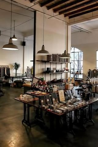 5 cửa hàng thời trang thú vị ở TP.HCM