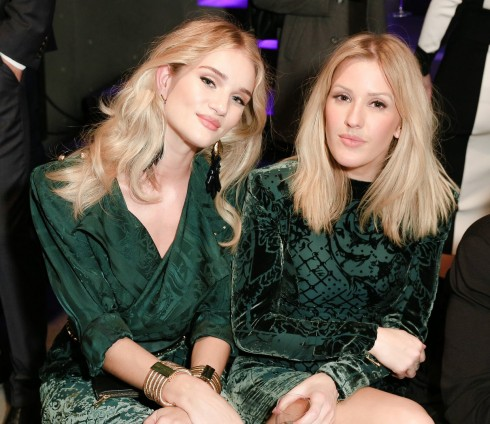Rosie Huntington-Whiteley và Ellie Goulding.