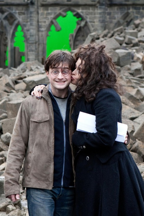 Daniel Radcliffe nói về bộ phim Harry Potter 11 - elle vietnam