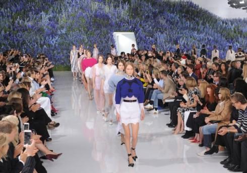 BST cuối cùng của Raf Simons cho Dior