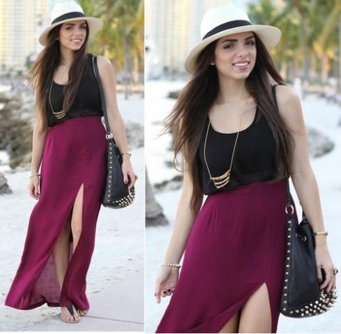Váy xẻ tà rất thích hợp cho những chuyến du lịch dạo phố biến