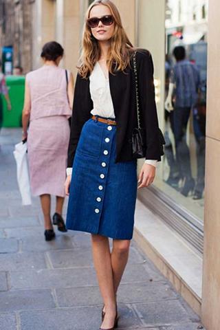 Xu hướng chân váy midi jeans