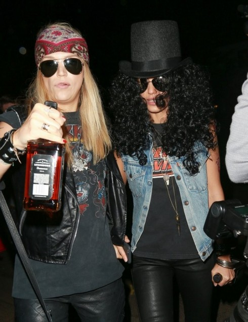 Jessica Alba hóa thân thành Slash (Guns N' Roses)