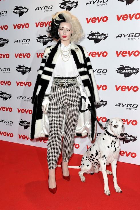 Iggy Azalea thành mụ phù thủy Cruella de Vil trong 101 chú chó đốm
