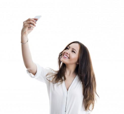 Hãy tìm góc mặt đẹp nhất của bản thân khi chụp ảnh selfie