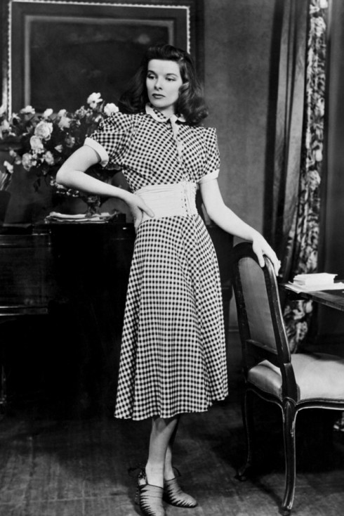 Katharine Hepburn trên phim trường của bộ phim