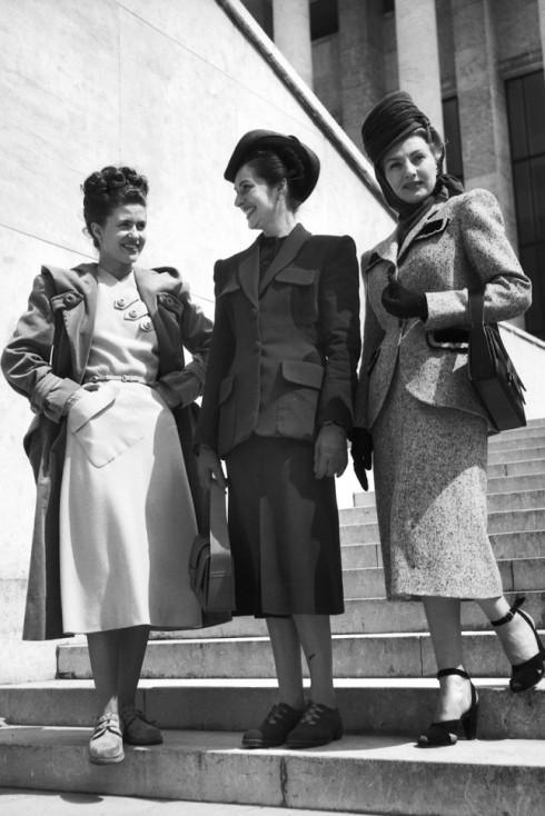 Các quý cô Paris chưa bao giờ là các quý cô lỗi mốt, 1947.