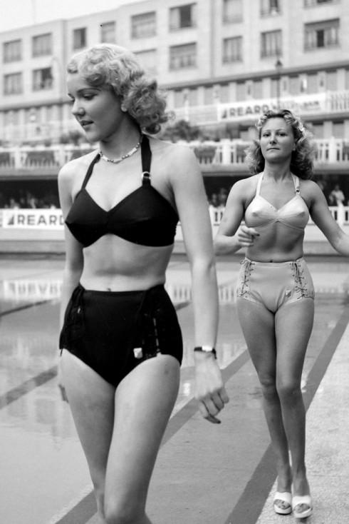 Reard Fashion Show, 1946