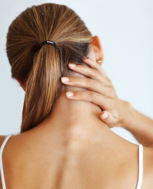 Động tác xoa bóp rất tốt cho những phụ nữ đau vai, đau lưng, giúp làm giảm cơn đau và mang lại sự thư giãn rất tốt