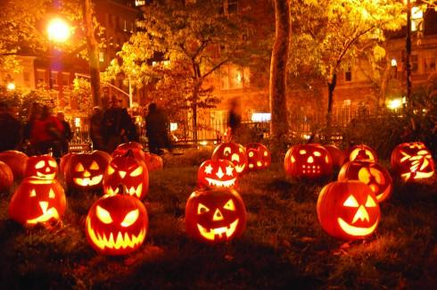 Bí Đỏ halloween