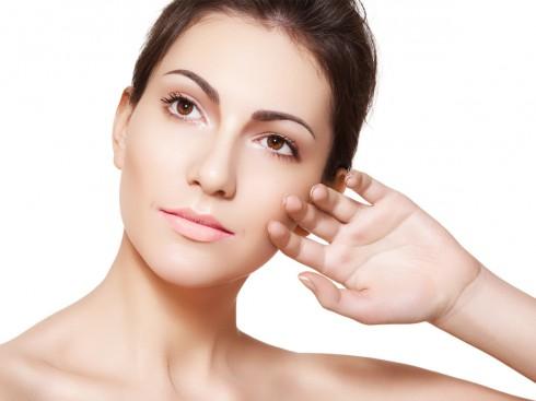 Tùy theo từng loại da và vấn đề của da mà các bạn gái nên chọn cho mình loại sản phẩm phù hợp nhất.
