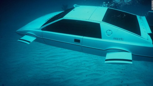 Lotus Esprit trong The Spy Who Loed Me (1977).