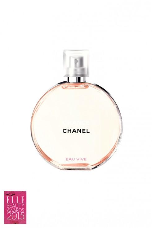 <strong>6. CHANEL CHANCE EAU VIVE</strong><br/>Kỷ niệm 12 năm gắn liền với Chanel, nước hoa Chance là một bản hòa ca hương sắc tươi tắn và là suối nguồn sáng tạo cho những người làm nghiên cứu và sáng tạo của thương hiệu. Sau hai phiên bản trước, Chanel một lần nữa vén màn bí mật một phiên bản mới của dòng nước hoa tượng trưng cho cơ hội và sự may mắn này, một mùi hương đầy năng lượng trẻ trung: Chance Eau Vive.