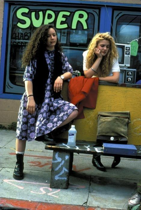 Drew Barrymore và grunge.
