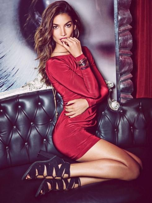 Lily Aldridge trong quảng cáo cho dòng thời trang mới Icon của Nelly.com