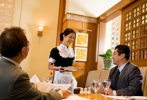 Nhà hàng La Brasserie áp dụng đi 4 trả tiền 3