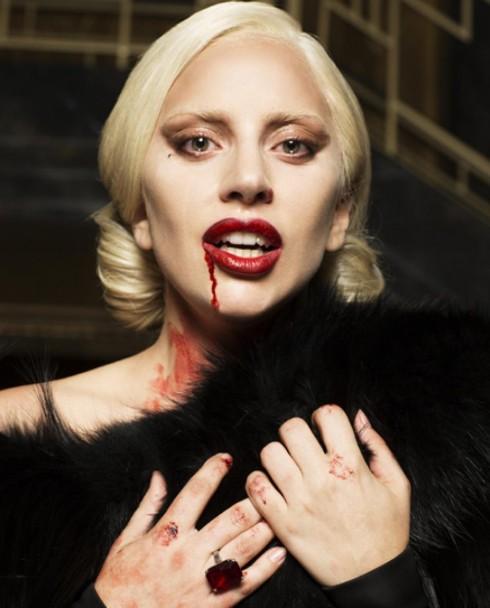Tạo hình quyết rũ, sang trọng nhưng đầy ma mị của Lady Gaga trong AHS 5