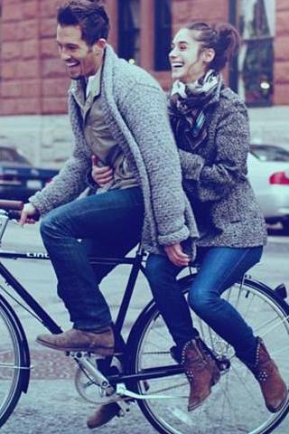 Hâm nóng tình yêu bằng 8 hành động lãng mạn