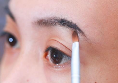 Học cách trang điểm cơ bản cho khuôn mặt với hình ảnh cụ thể 6