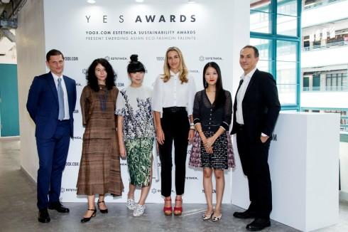 Ban giám khảo của YES Awards