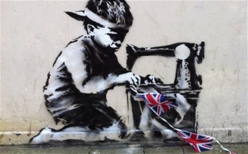 Banksy phản ảnh bóc lột sức lao động trẻ em trong kì Thế vận hội Mù Hè năm 2012