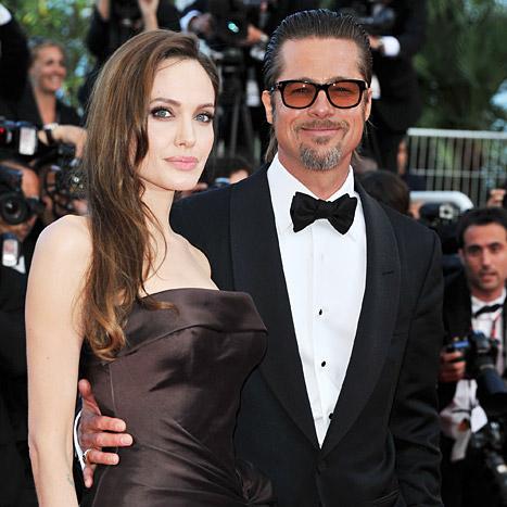 Brad Pitt và Angliana Jolie sau phẫu thuật cắt bỏ ngực của cô vào năm 2013