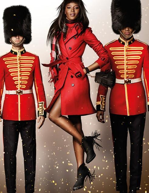 Bộ ảnh chiến dịch Christmas của Burberry được chụp bởi nhiếp ảnh gia thời trang danh tiếng Mario Testino