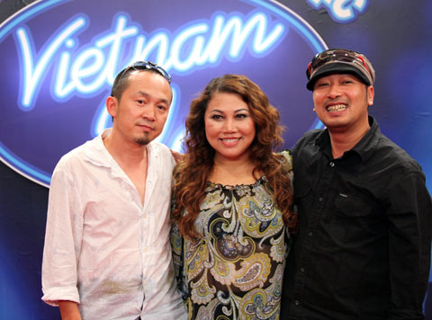 Cùng với đạo diễn Nguyễn Quang Dũng và nhạc sĩ Quốc Trung, Siu Black làm nên bộ ba giám khảo sôi nổi của Vietnam Idol 2010