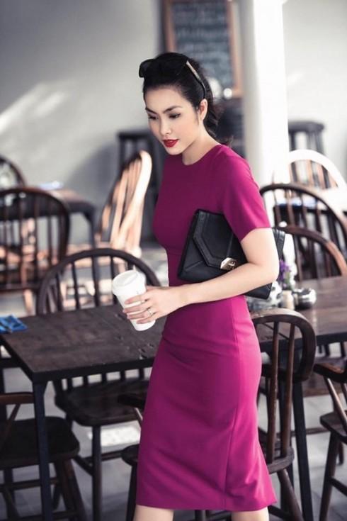 Style thời trang của Tăng Thanh Hà sau khi sinh con toát lên vẻ chững chạc và quý phái hơn