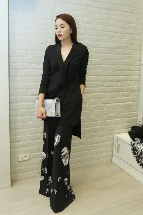 """Kỳ Duyên và chiếc túi được mệnh danh """"quý cô thời đại"""" của Dior mang tên Diorama đắt giá"""