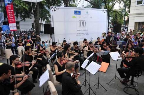 LUALA concert mang âm nhạc thính phòng đến với cộng đồng.