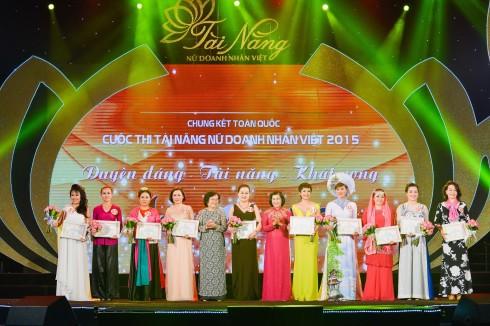 Top 10 của cuộc thi Tài năng Nữ doanh nhân Việt 2015
