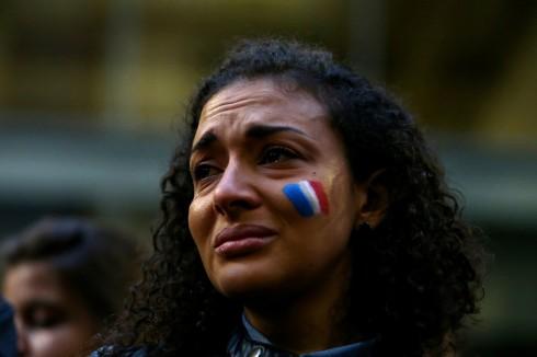Máu của người vô tội đã đổ xuống, nước Pháp đang khóc thương trước những mất mát quá lớn