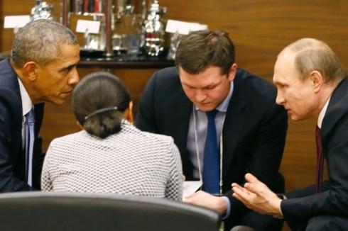 Tổng thống Mỹ Barack Obama và tổng thống Nga Vladimir Putin đã có một cuộc trao đổi bên lề Hội nghị thượng đỉnh G20 nhằm đưa ra những giải pháp đương đầu với tổ chức ISIS ở Syria