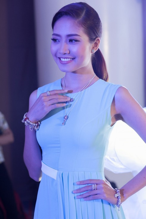 Những mẫu thiết kế của Pandora ẩn chứa nhiều ý nghĩa đặc biệt gắn liền với người đeo và BST Mùa Đông 2015 sẽ là một món quà tinh tế dành tặng phái đẹp nhân dịp Noel năm nay