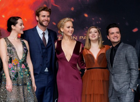 Jenifer-lawrence-tai-le-cong-chieu-phim-the-hunger-game