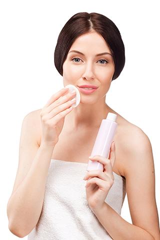 Gợi ý 10 loại nước hoa hồng tốt cho mọi làn da