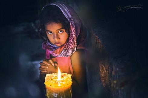 Cham Girl by Candlelight (Cô bé Chăm bên ngọn nến)