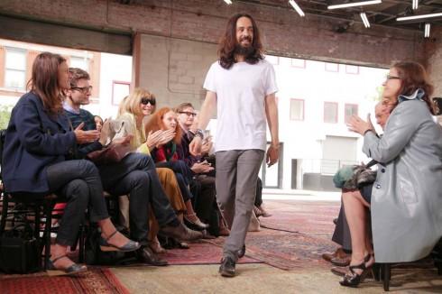 Alessandro Michele được cả thế giới thời trang nồng nhiệt chào đón và tán thưởng
