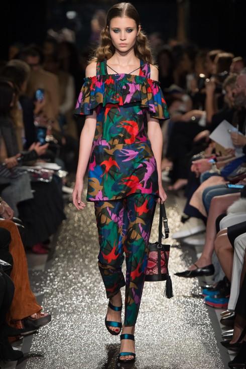 Sonia Rykiel lừng lẫy đất Pháp là một trong những thương hiệu sở hữu xu hướng họa tiết nổi bật được săn đón trong mùa thời trang mới.