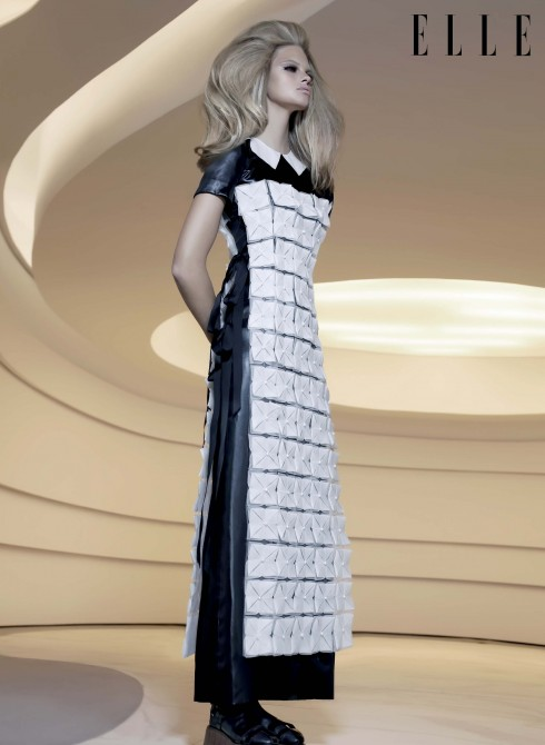 Đầm và phụ kiện Chanel