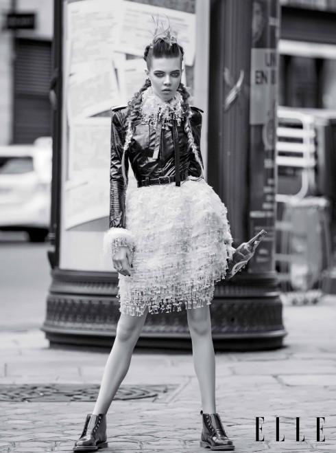 CHANEL HAUTE COUTURE<br/>Áo khoác bằng da và váy ren Hoa tai bạc và kim cương White Bird, Nhẫn bạc Serge Thoraval