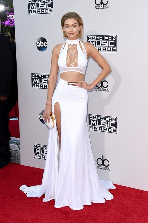 gigi-hadid-amas-2015-american-music-awards