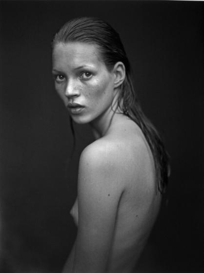 1993 - Nhiếp ảnh gia Mario Sorrenti