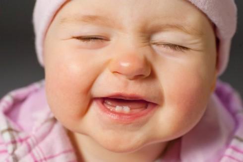 Trẻ em mọc răng