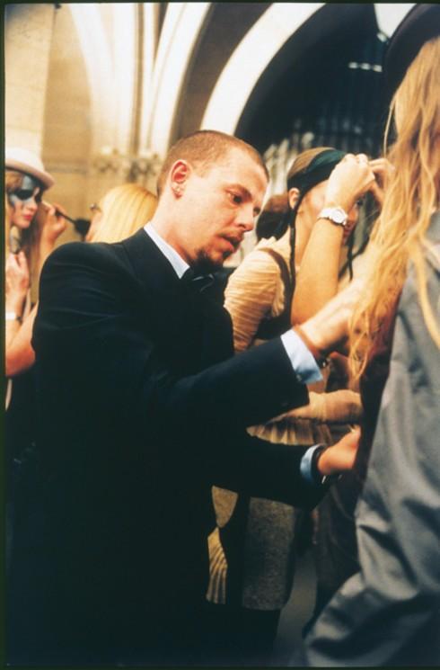 Lee Alexander McQueen là một trong những tài năng tuyệt vời của thế giới giời trang.