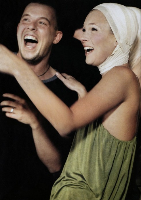Những sáng tạo của Lee Alexander McQueen sống mãi trong trí nhớ của những con người hoạt động trong ngành công nghiệp thời trang.