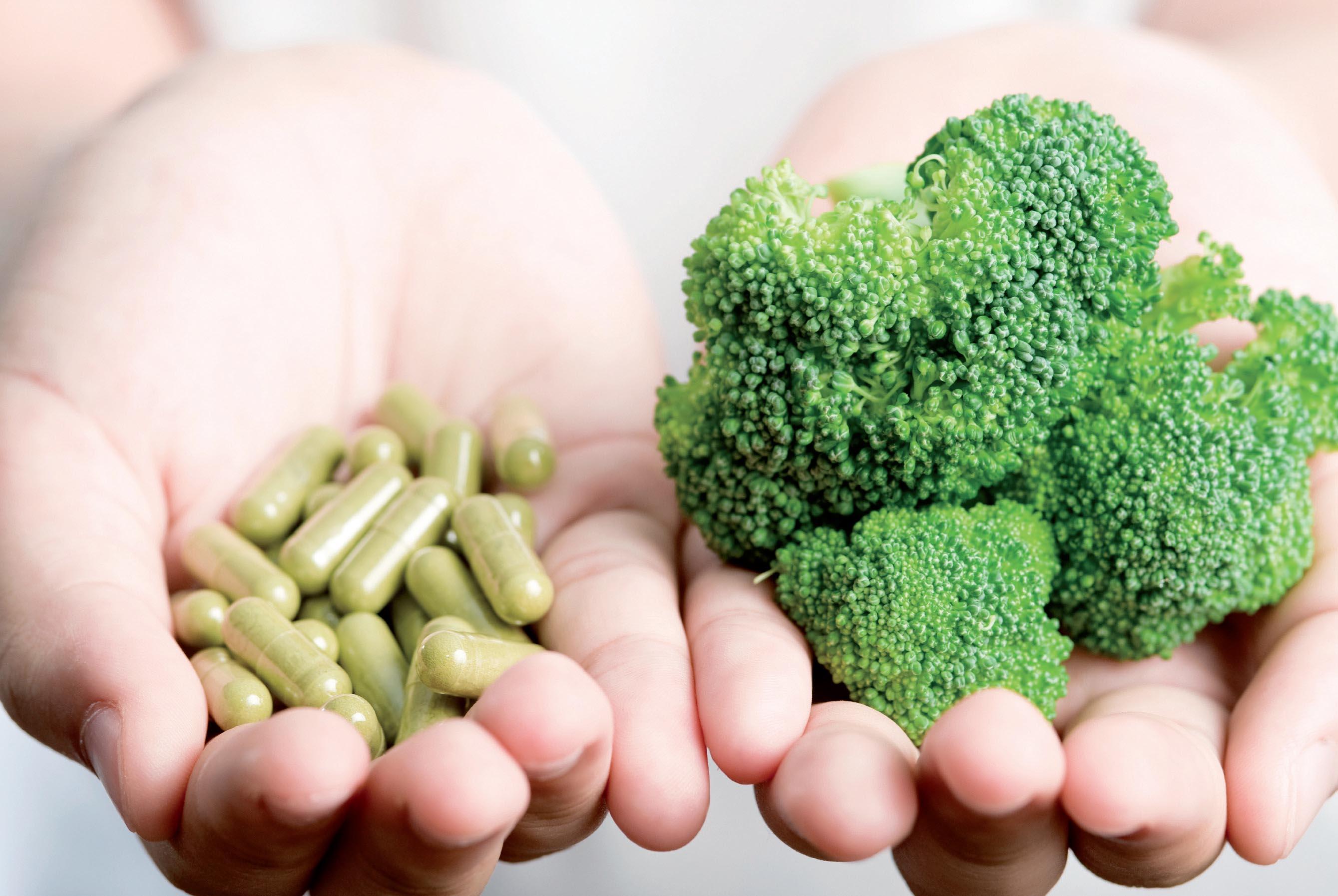 Ngoài rau, bạn vẫn cần bổ sung thêm nhiều chất khác từ đa dạng các loại thức ăn