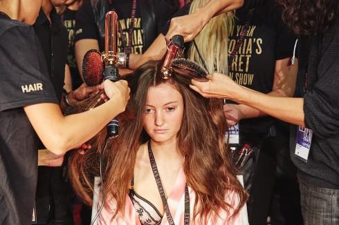 tóc xoăn bồng